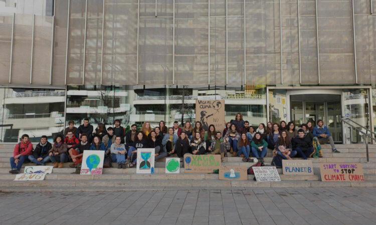 ¡ÚNETE A JUVENTUD POR EL CLIMA! EL 15 DE MARZO HUELGA POR EL CAMBIO CLIMÁTICO