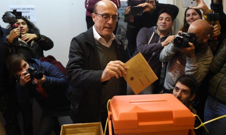 """Artículo: """"Primarias en Uruguay: (casi) todo listo para octubre"""", por Asbel Bohigues y Castellar Granados, publicado en Política Exterior el 5 de julio de 2019"""