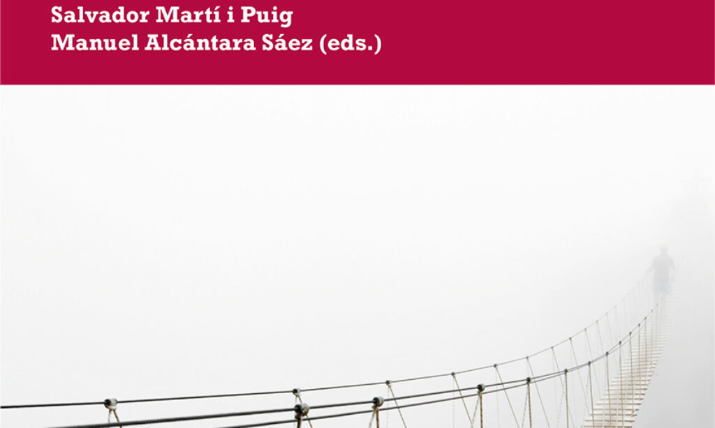 """Publicación del libro: """"Política y crisis en América Latina. Reacción e impacto frente a la COVID-19"""", en el que participa nuestro colegiado Manuel Alcántara junto a otros académicos de las ciencias políticas"""